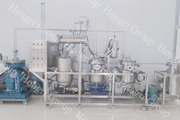 Essential Oil Distillation Machine